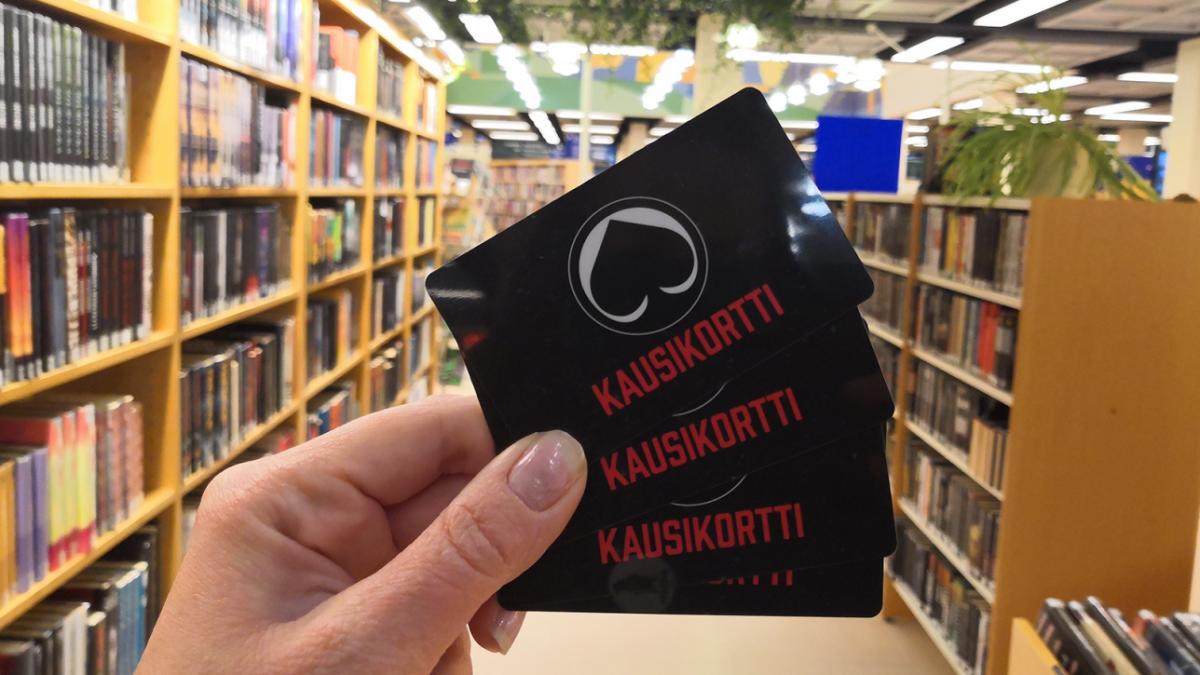Porin kirjasto lainaa urheiluseurojen kausikortteja
